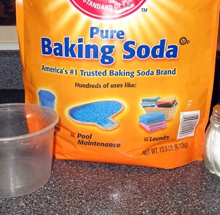 "Baking soda, ""container"" and kitchen ""shaker"""